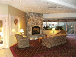 Fireplace in Fireside Inn & Suites Portland Lobby